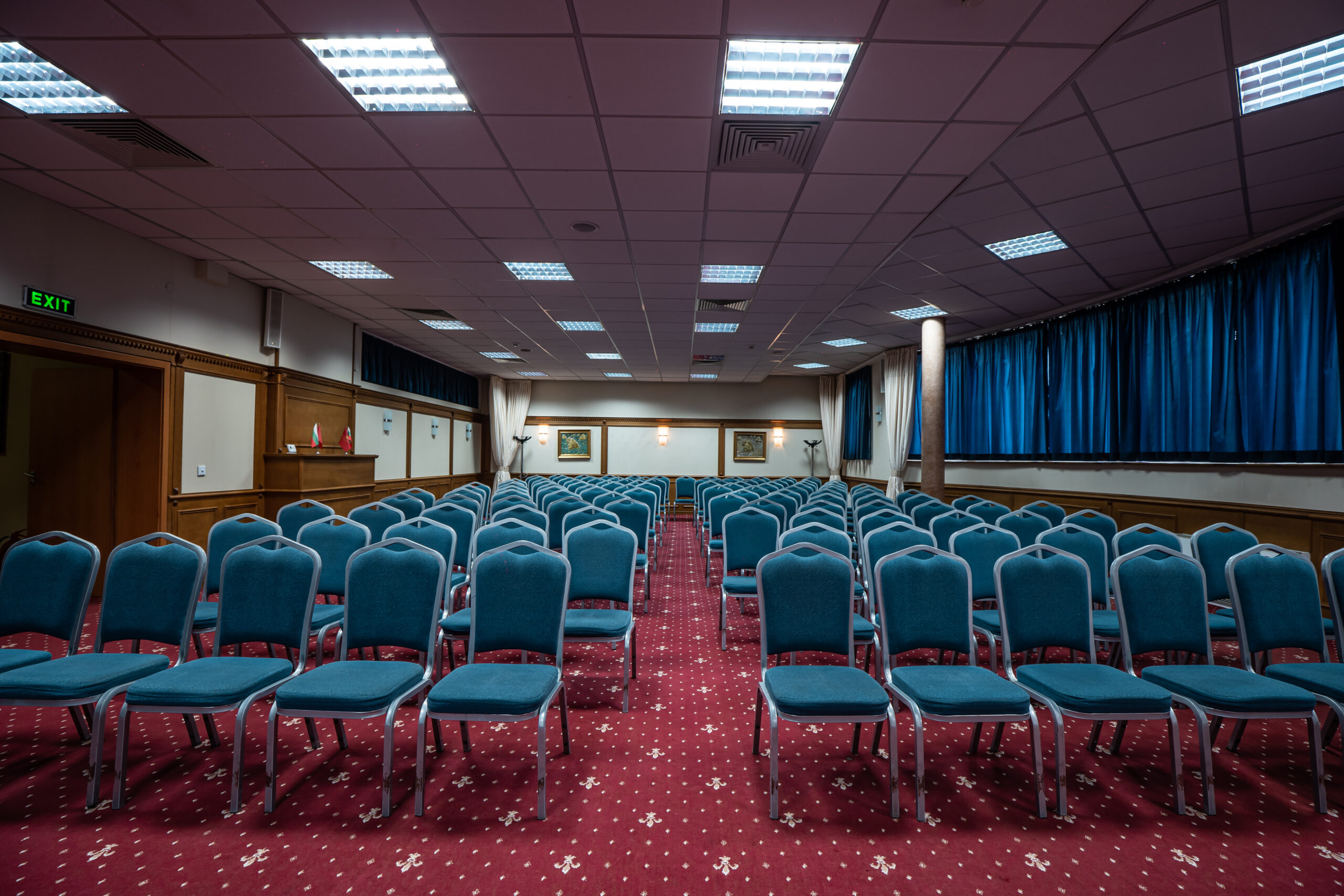 зала Луковит (3)